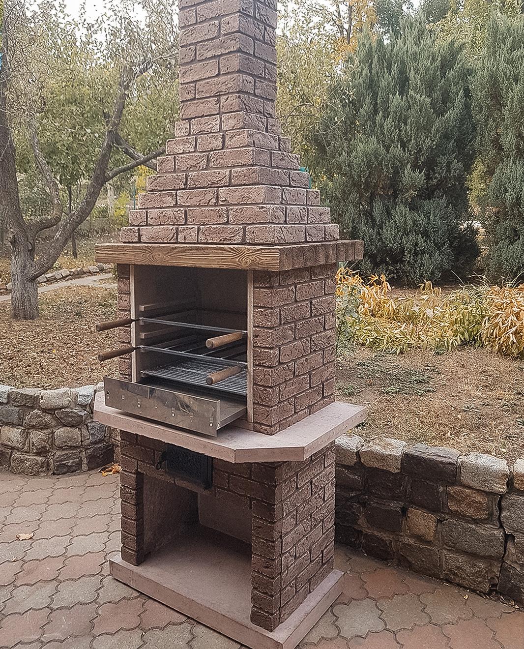 Печь-барбекю из жаропрочного бетона
